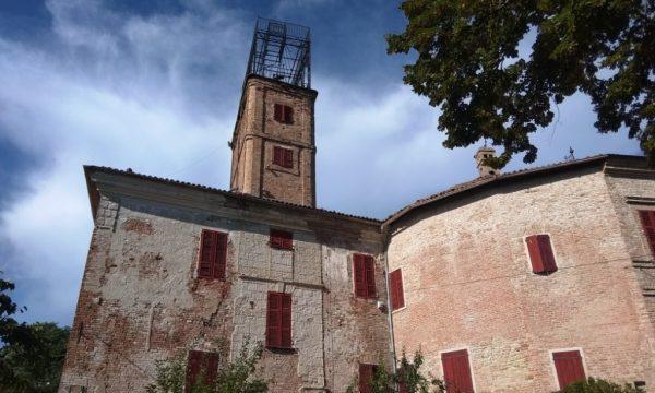 Camminata (con visita) al Castello di Robella d'Asti